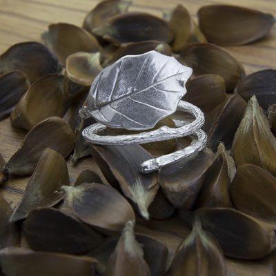 anillo haya plata